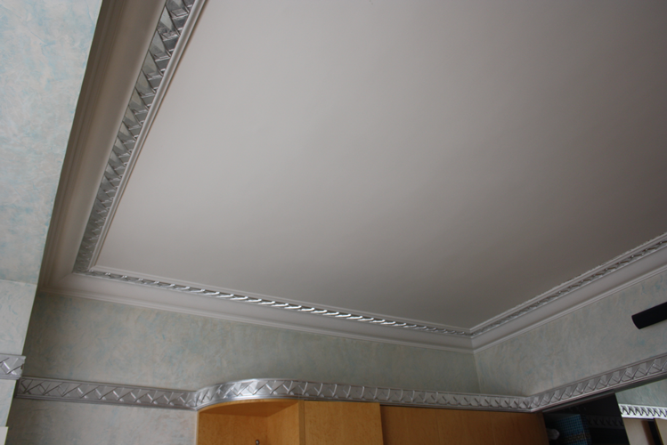 Plafond-Moulure-Argent-Décors
