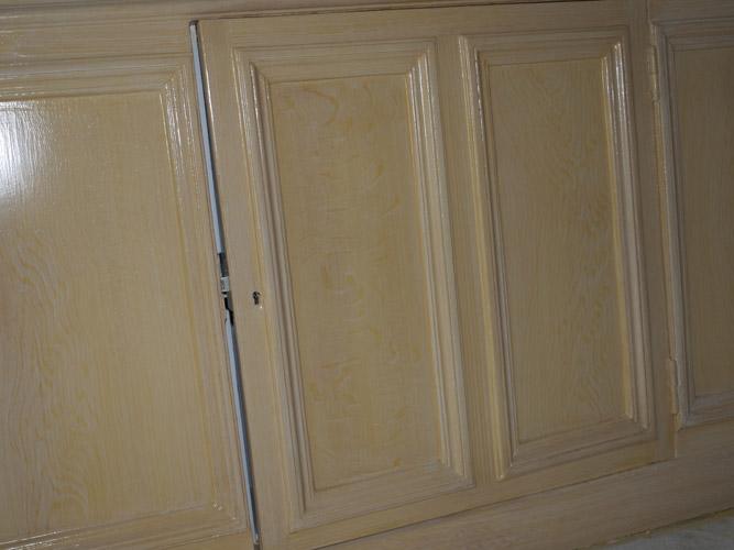 Porte-armoire-faux-bois-décors
