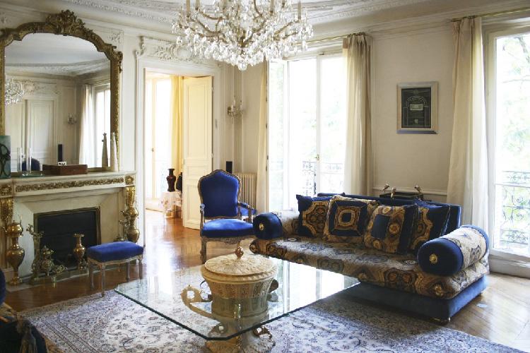 salon-haussmanien-travaux-renovation-decors-or